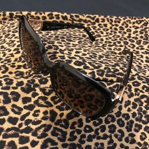 Tory Burch Accessories - 💥Sale💥Authentic Tory Burch Sunglasses.